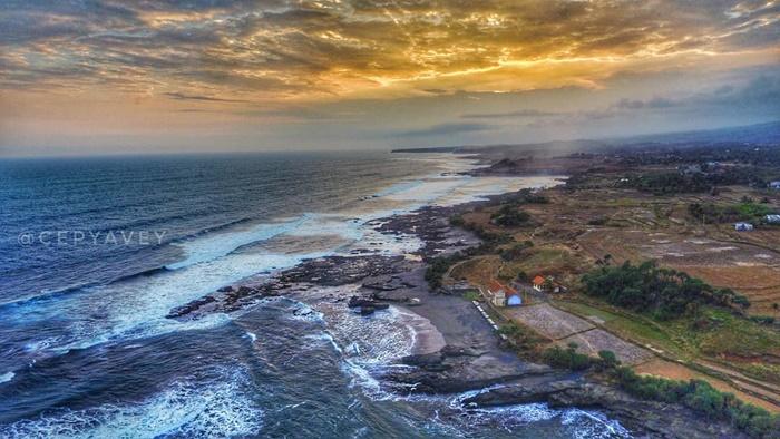 Pantai Cicalobak - IGcepyavey