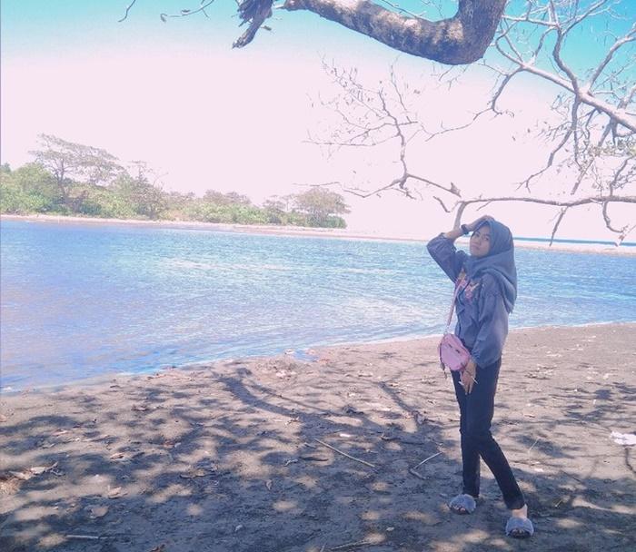 Pantai Cijeruk - IGnitarahayu5098