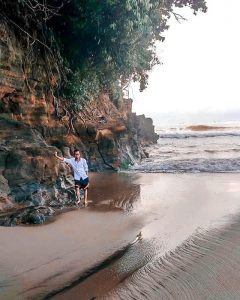 Pantai Karang Hawu Sukabumi – IG 9
