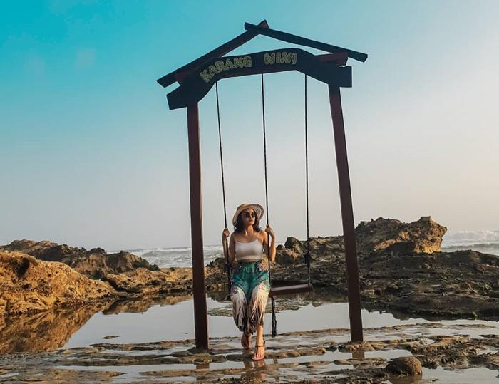 Pantai Karang Nini - IGkarang.nini
