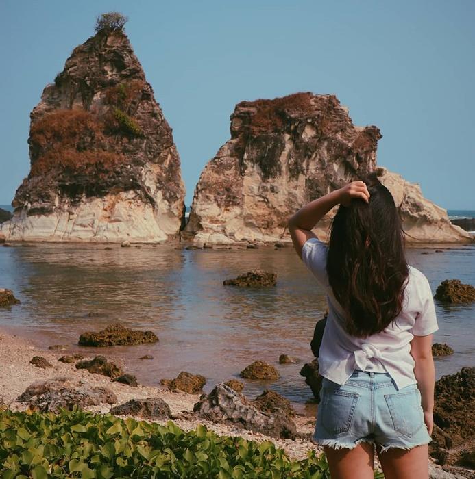 Pantai Tanjung layar-IGj.jhesyka